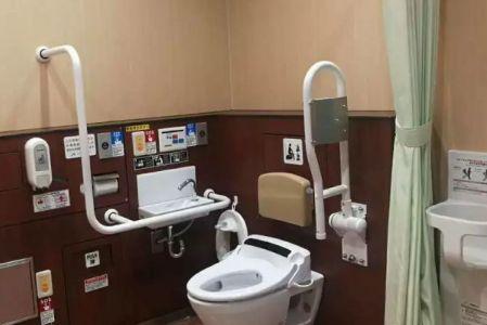 英皇携手美的打造国际化整体卫浴金属化膜